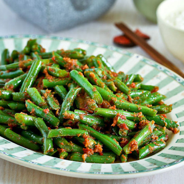 FRIED GREEN BEAN